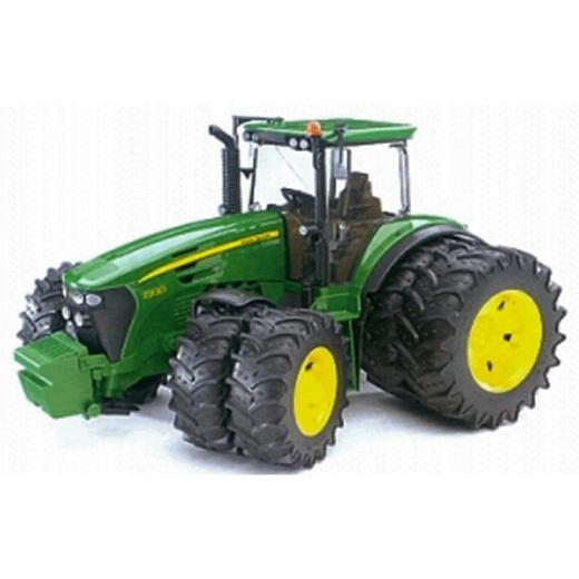 John Deere 7930 Tractor with twin tyres 3052