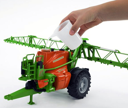 Bruder Amazone Trailed Field Sprayer UX5200 /  02207 IN STOCK UNTIL 14/12/20