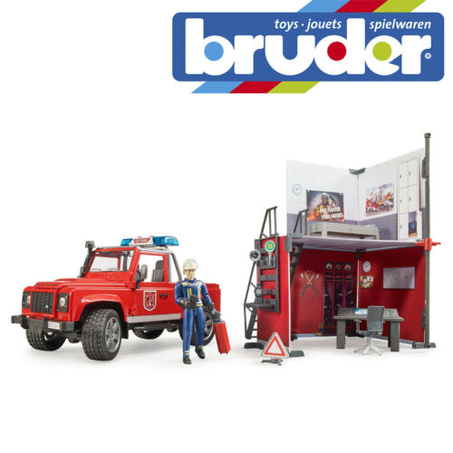 Bruder Bworld Fire Station, Land Rover & Fire Man B62731